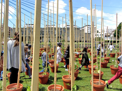 Instant Gardens, public space installation and collective action | Imaginarius | Micro Atelier de Arquitectura e Arte